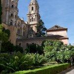 Neben der Kathedrale