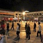 tanz auf dem Marktplatz in der Altstadt