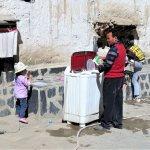 Waschmaschine auf der Straße im Einsatz