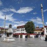Platz vor dem Jokhang-Tempel