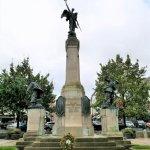 Monument zur Ehre gefallener Soldaten