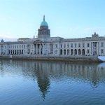 Custom House (urspr. Zollhamt, heute Umweltministerium und Kommunalverwaltung), Dublin