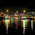 Blick auf den Liffey bei Nacht