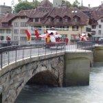Aare-Brücke bei Hochwasser in Bern, Schweiz 2005